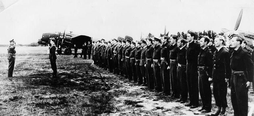 331 332 Gardermoen 22.05.1945