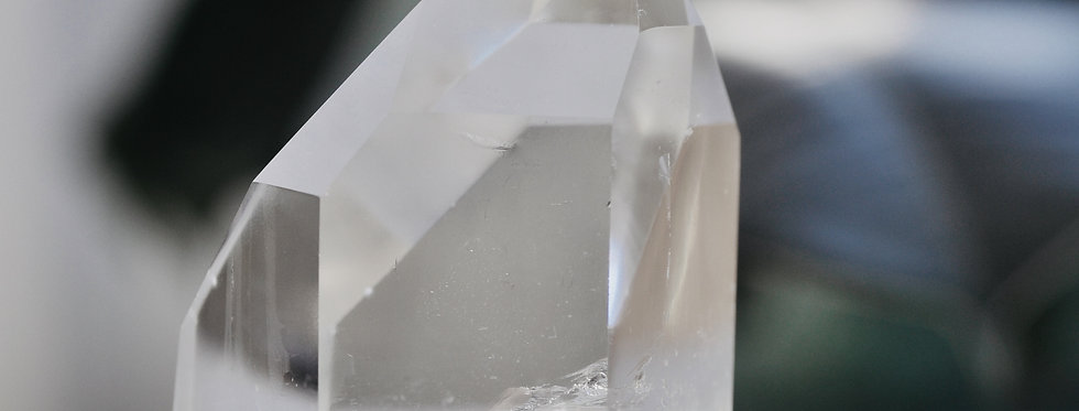 Optical Clear Quartz w. Diamond Window