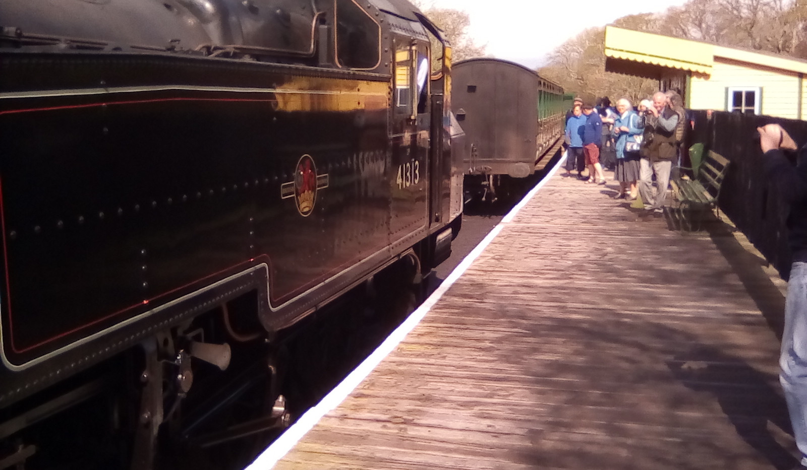 41313 at Smallbrook Junction