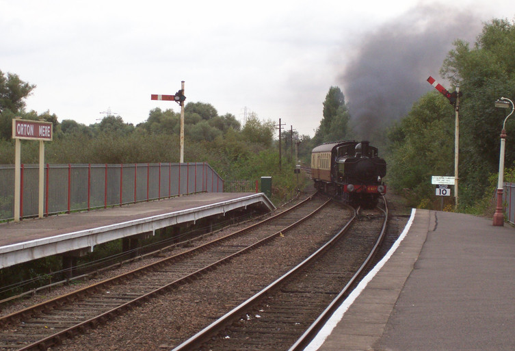 6412 approaching Orton Mere