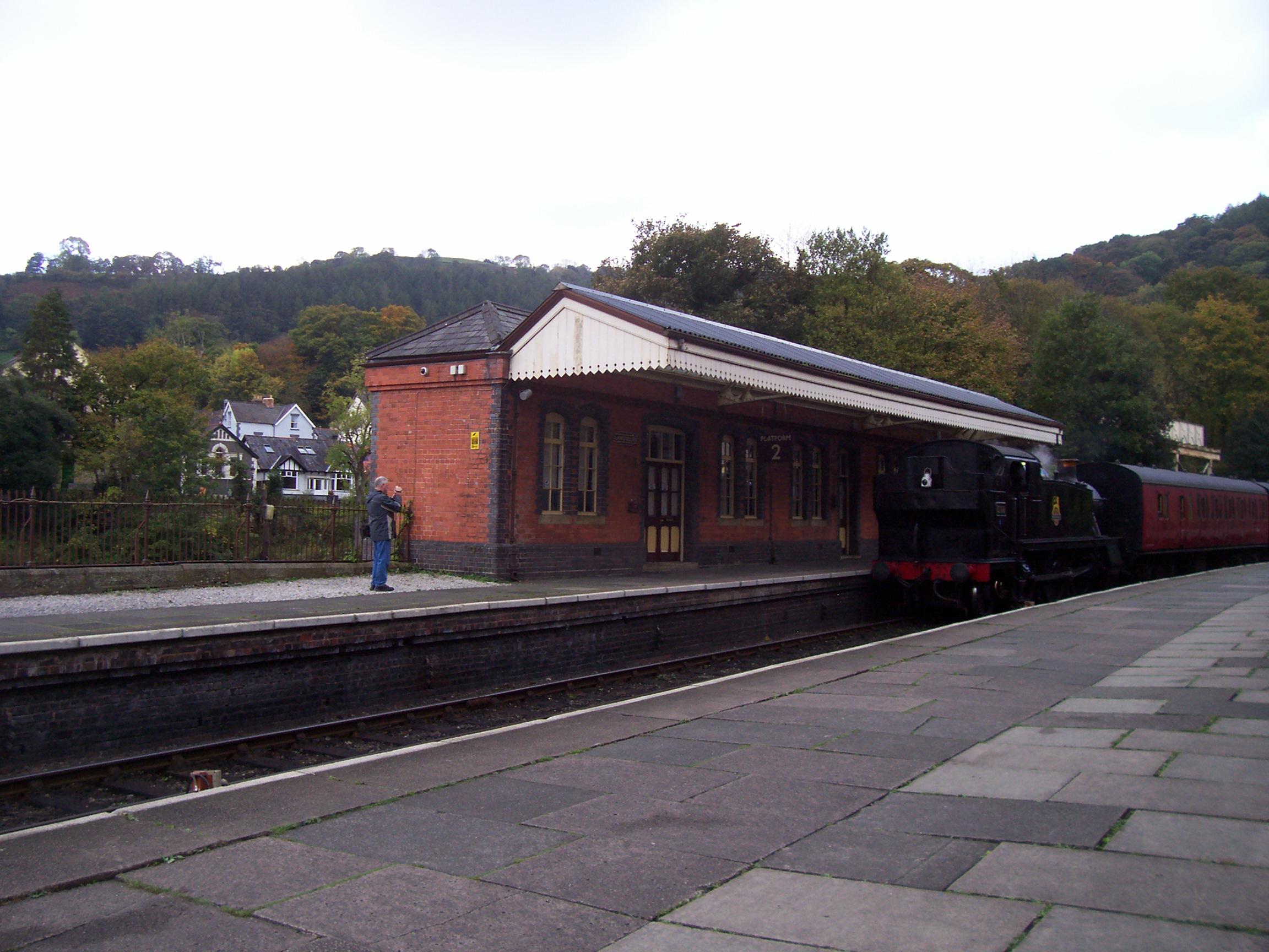 Platform 2 Llangollen