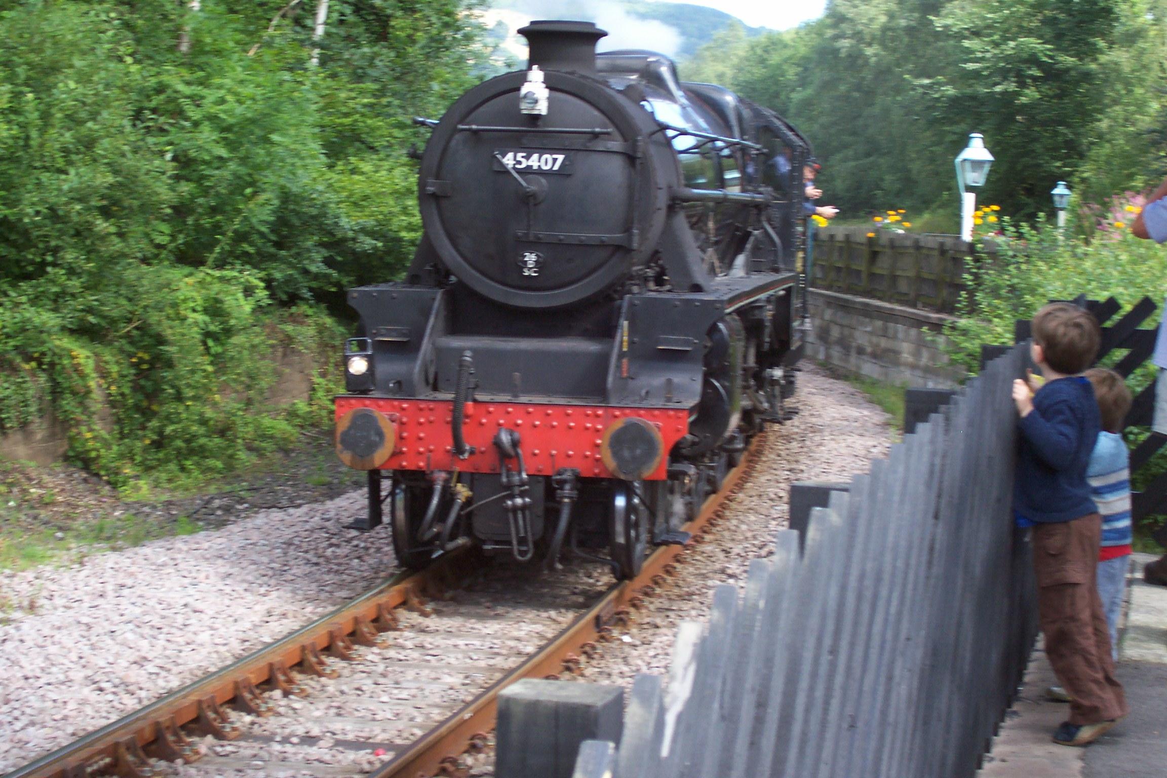45407 arriving Grosmont
