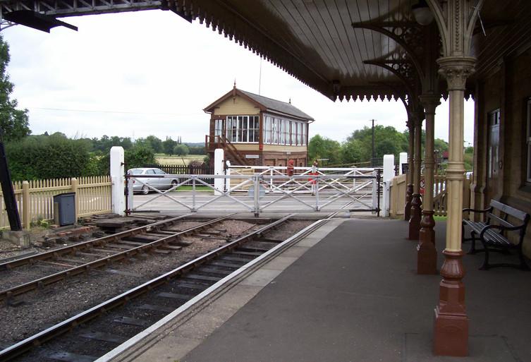 Wansford Crossing & Signal Box