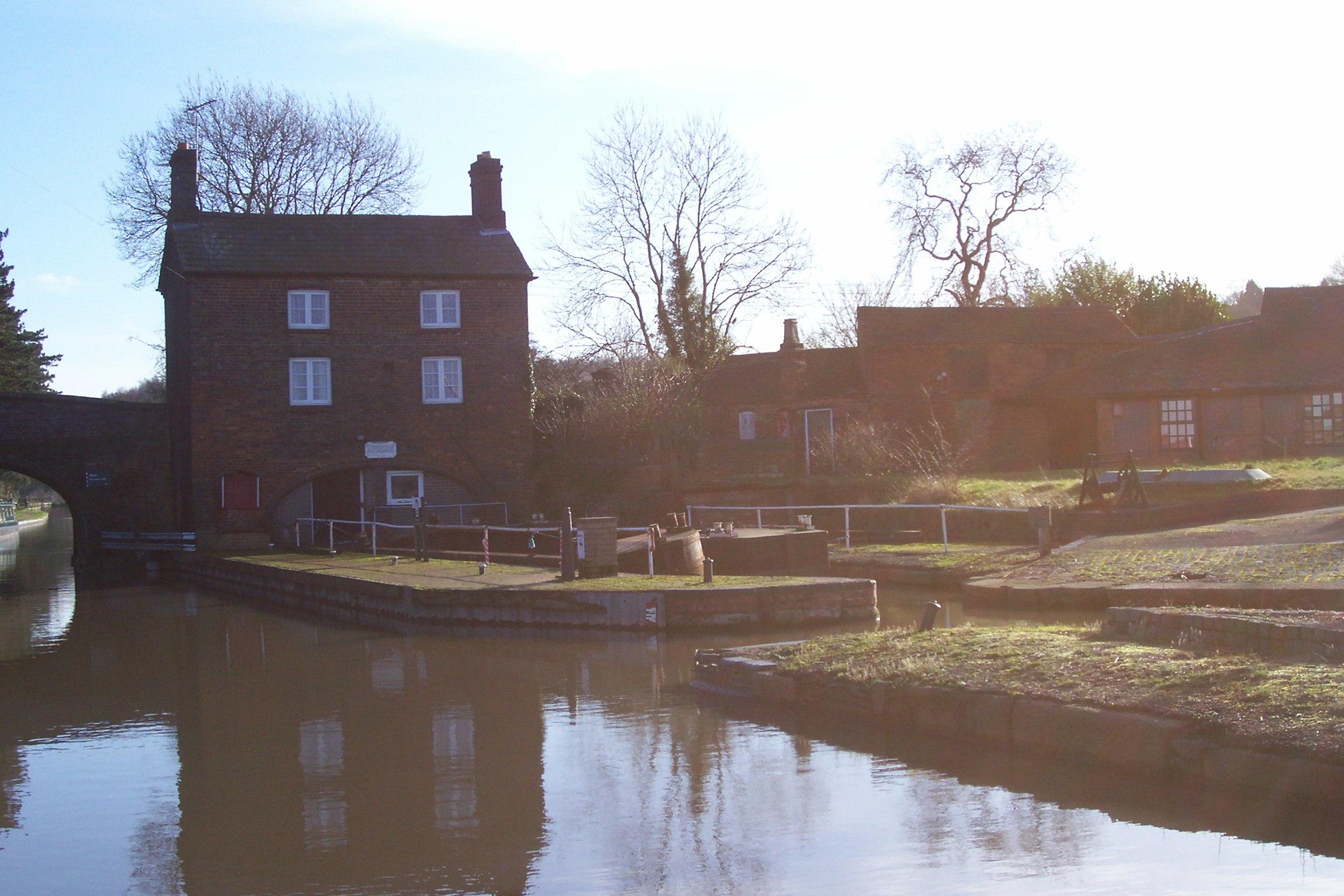 Hartshill Boatyard Manager's House