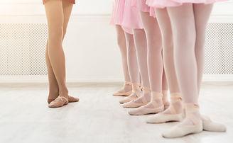ballet-background-young-ballerinas-train