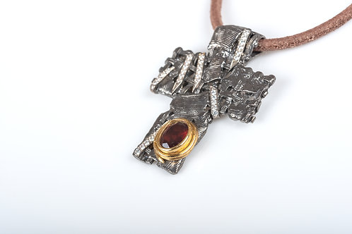 Pendant (Cross)