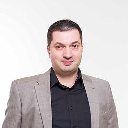 AlexanderBurtchuladze-5aafe61b223b6.jpg