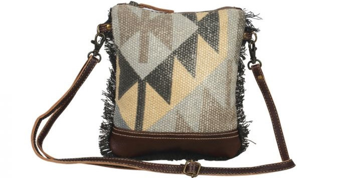 AURA Small & Crossbody Bag