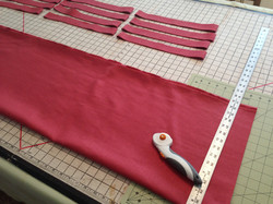Pretty contrasting fabric for piping