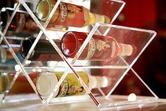 porta-bottiglie-in-pmma.JPG