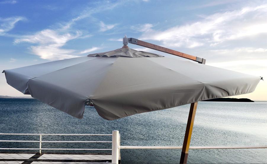 San Francisco: ombrellone in legno da esterno