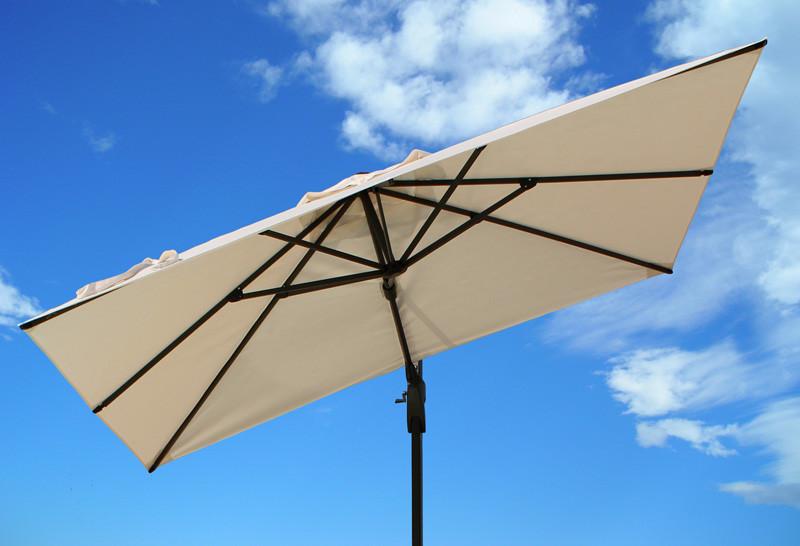 JAZZ: ombrellone ad onda