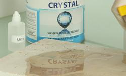 Химия и инструмент по камню