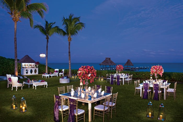 Destiantion Wedding Lawn Reception Zoetry Resorts