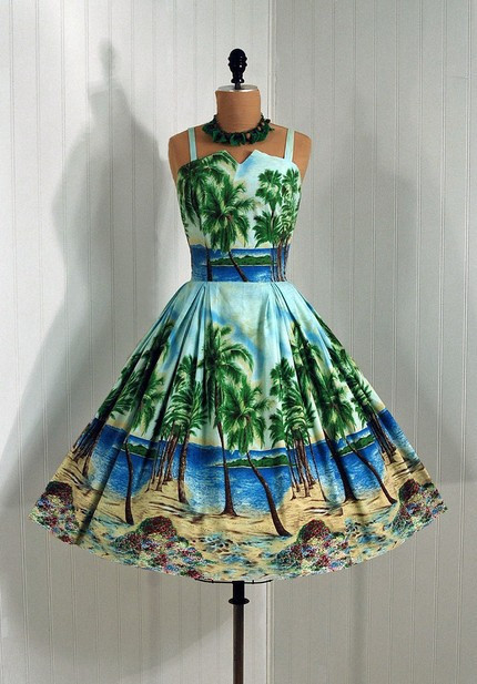 1950s Dress Perfect for Destination Wedding