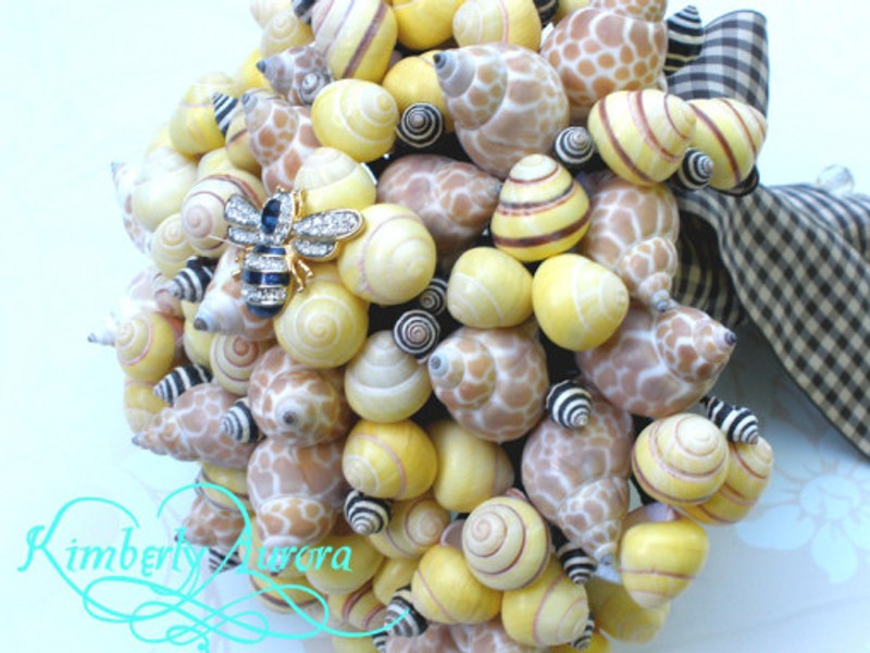 Bumble Shell Bouquet