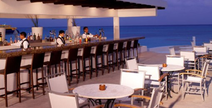 Playacar Palace Bar