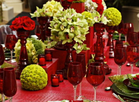 Tablescapes for a Christmas Wedding