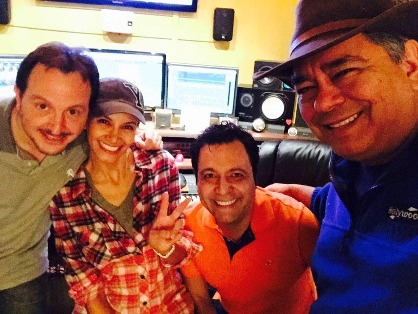Omar y Argelia * 107.1 FM