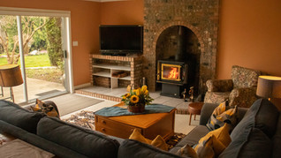 Living-Space-with-Fireplace.jpg