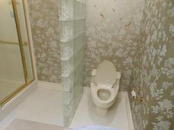 master bathroom before 3
