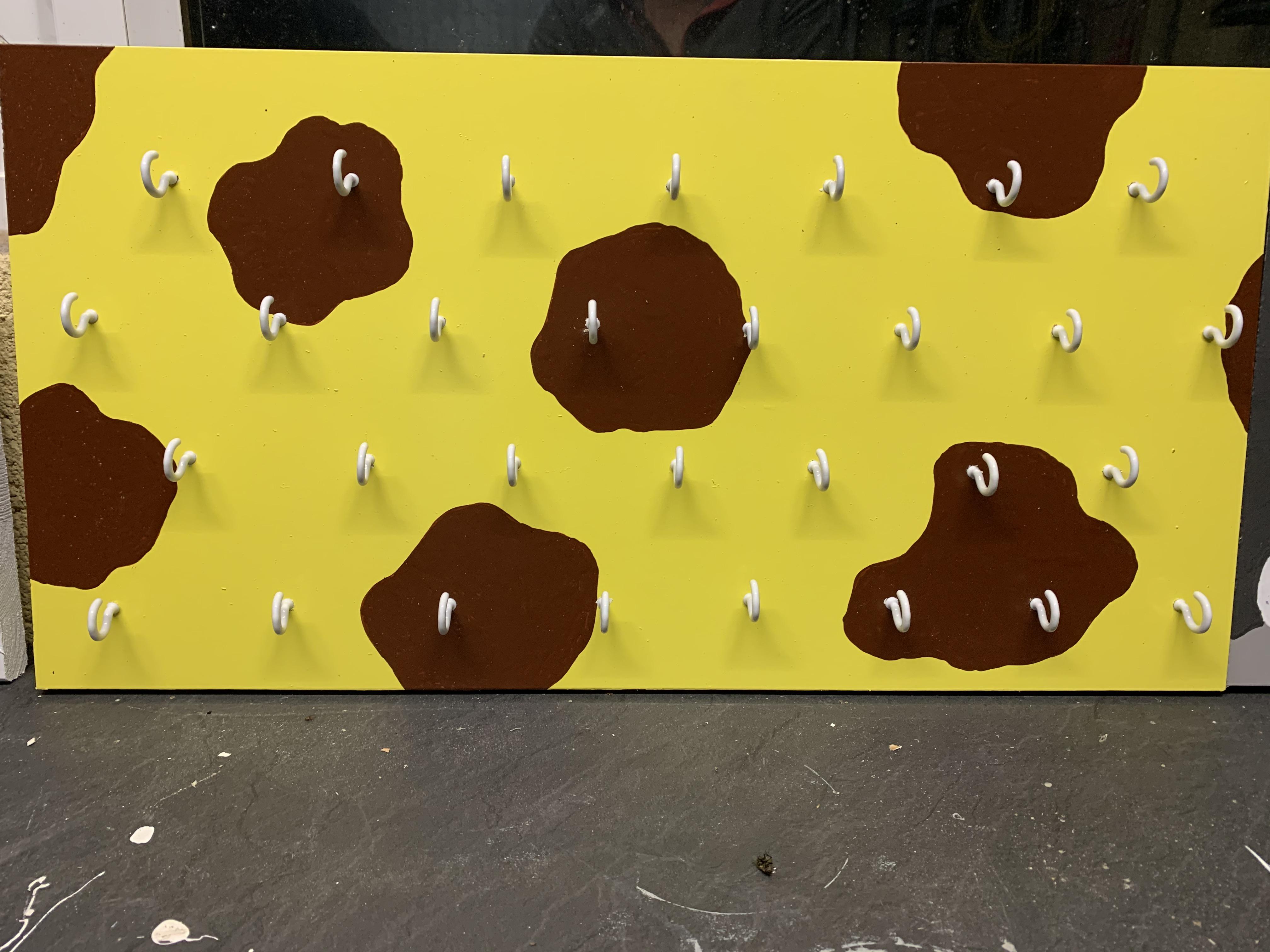 Peg board - giraffe