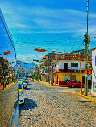 Puertovallarta1100-clr.jpg