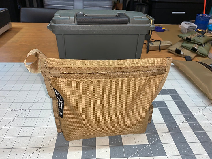 Self standing storage bags