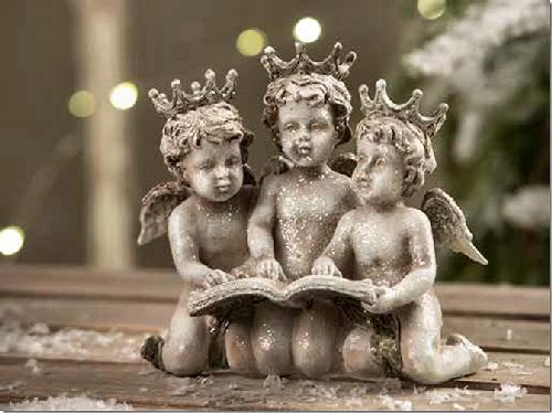 tre-engle-med-bog.png