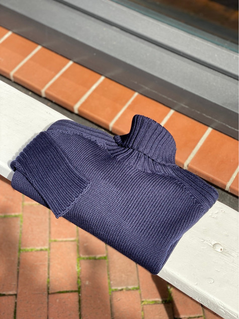 422. Viadeste pullover col €209,95