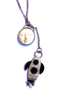 Man in the Moon Lariat