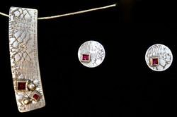 Fantasy Earrings (and pendant)