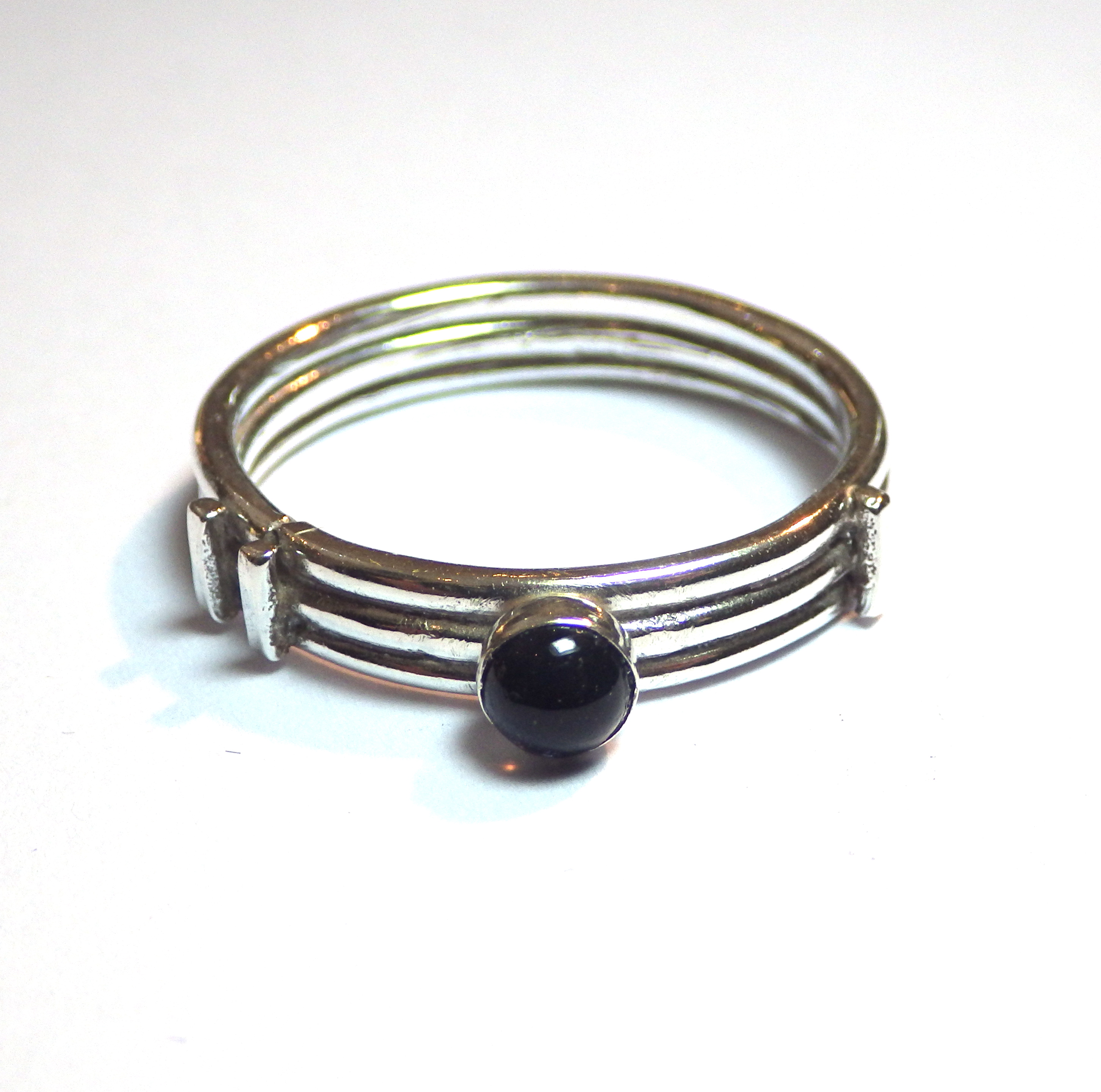 Line Ring with Stone