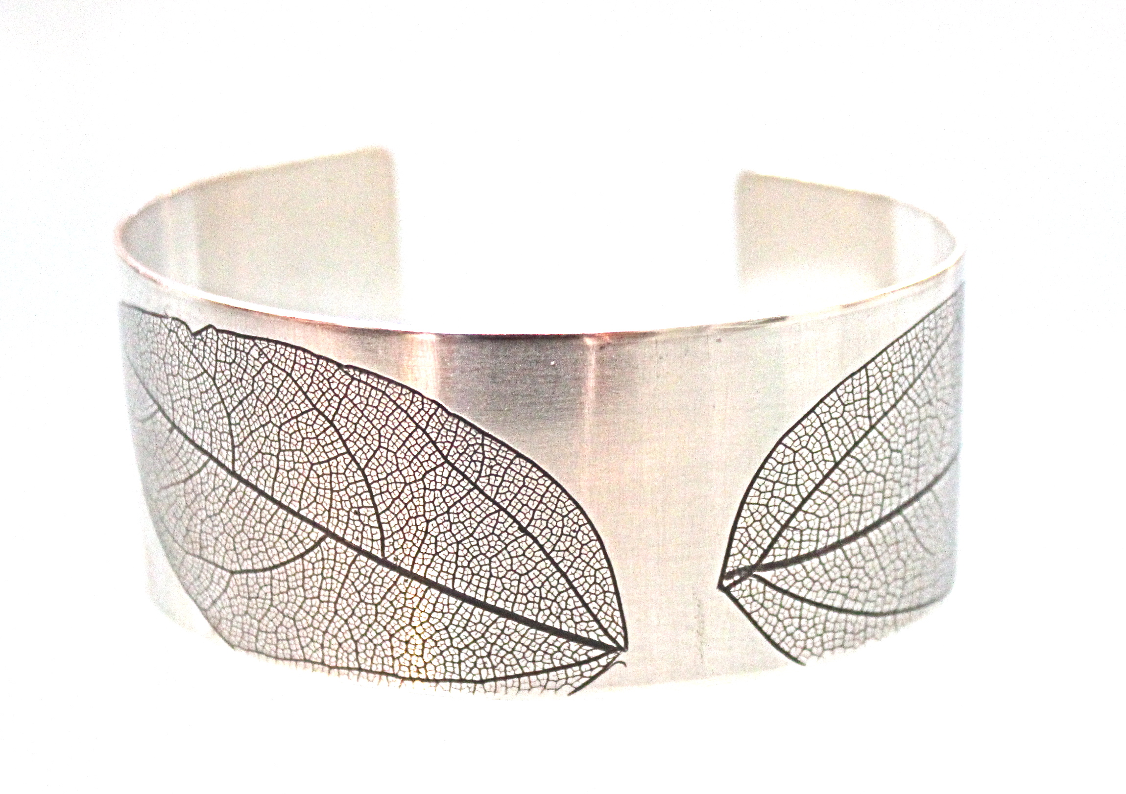 Wide Leaf Bangle