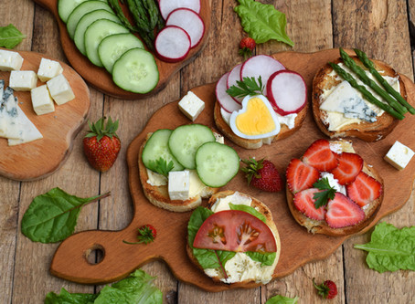 Packing a Picnic for All Tastebuds