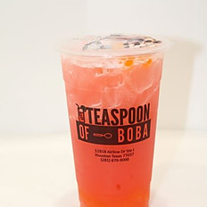 Strawberry (Black or Green) Tea (24oz)