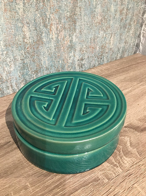 Green ceramic box
