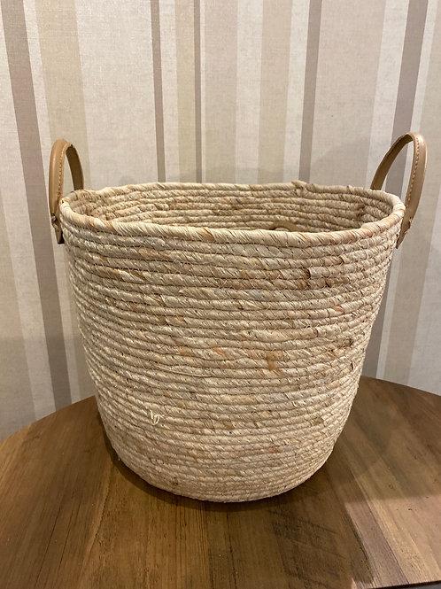 Small natural woven basket
