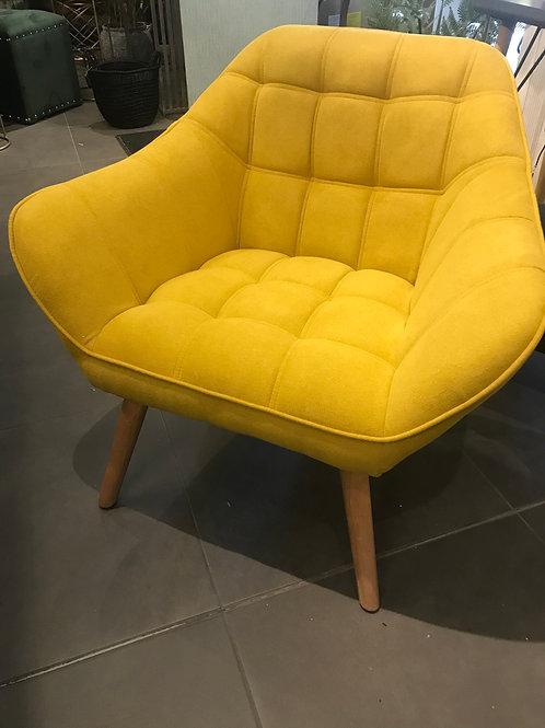Feliz armchair