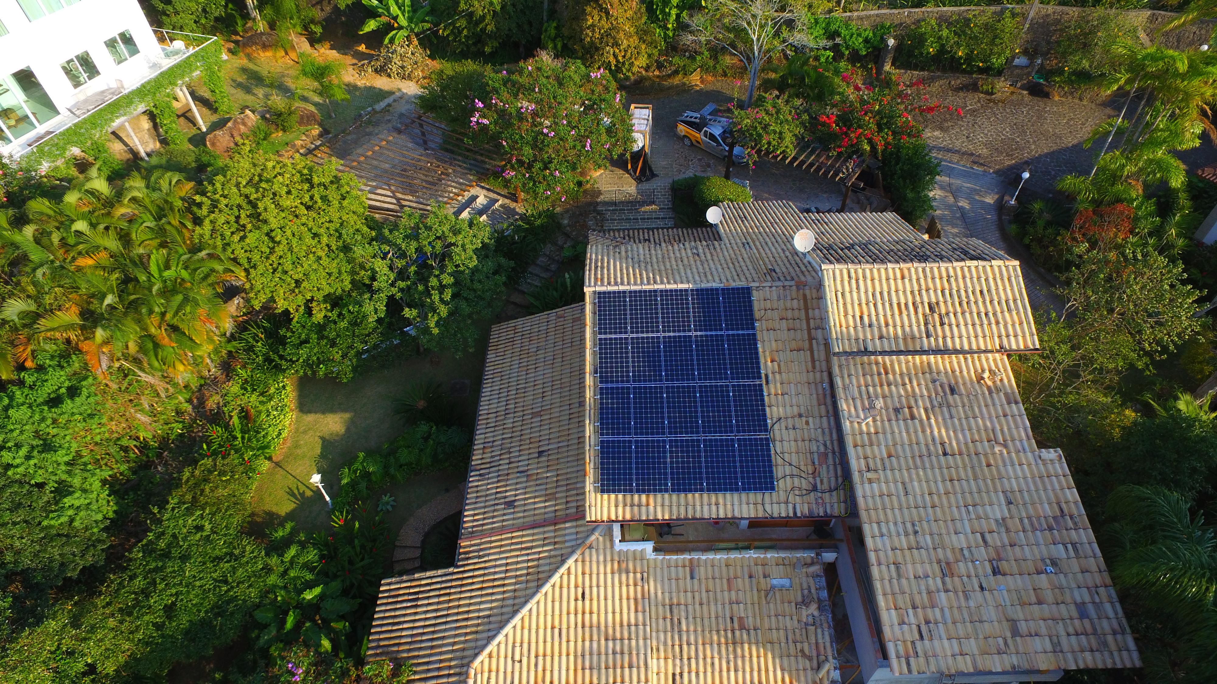 Plug Solar - GFCR Ilhabela