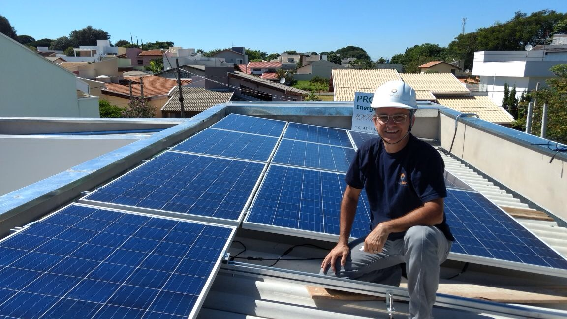 Plug Solar Energia - Holambra