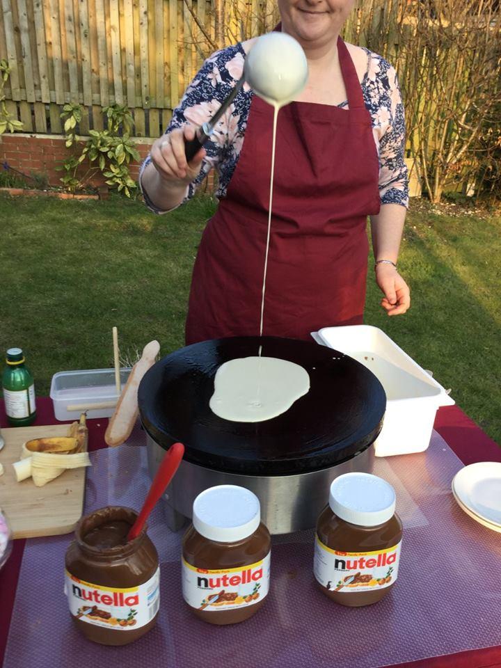 Pouring crêpe Batter