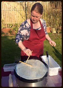 Crêpe making