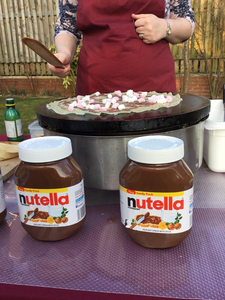 Nutella & Marshmallow Crêpe Cooking