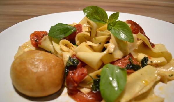 Pappardele Tomates frescos