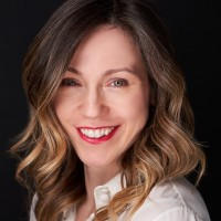 Chiara Jovanovic / Advisor / New Playbook