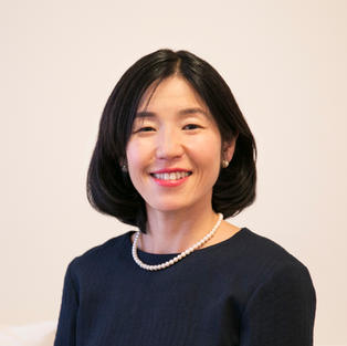 Chigusa Hara / Board Member / Financial Services