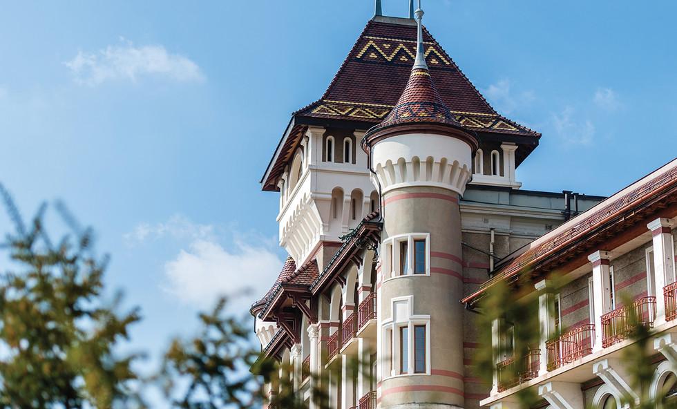 Caux Palace tower10.jpg