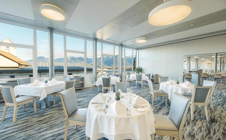 Fine_Dining_Restaurant12.jpg