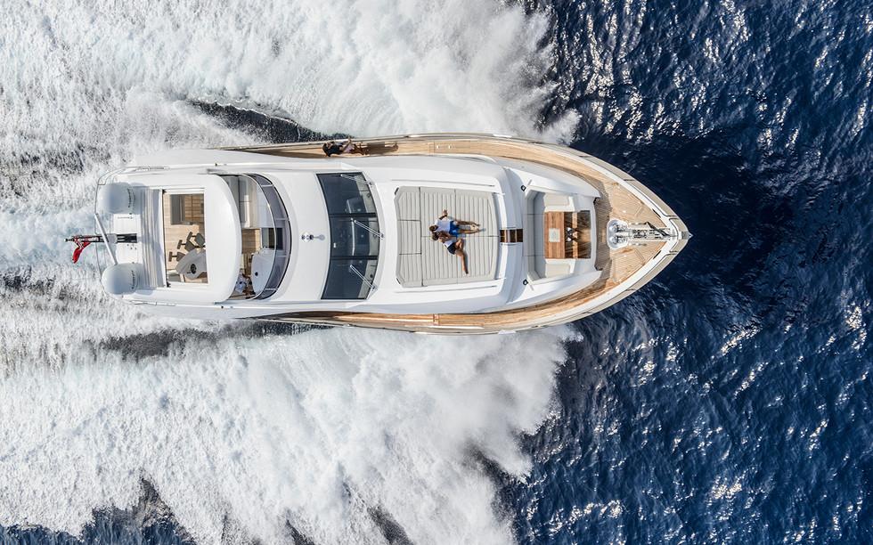 Sunseeker 95 Yacht (2)31.jpg